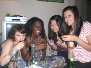 Jen, Latanya, Evelyn and Lydia sample the skittle soju. Gumbay!