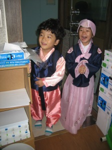 This is Thomas' and Cleo's reaction to seeing us in hanbok.